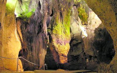 La Cueva de las Calaveras y sus preciosas cúpulas